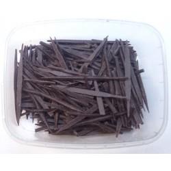 Jehličky tmavé Bristle - Čokoládová dekorace