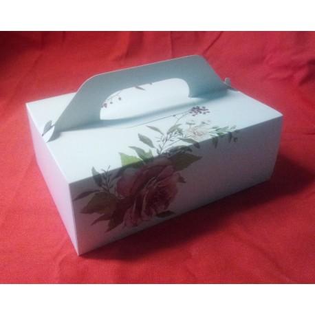 Svatební krabička na výslužku bílá s růží (26 x 18 x 9,5 cm)