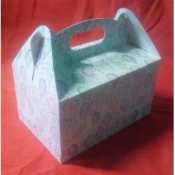 Krabička na zákusky bílá s balónky (20 x 13 x 11 cm)